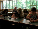 Students in AP Environmental Science take their first quiz