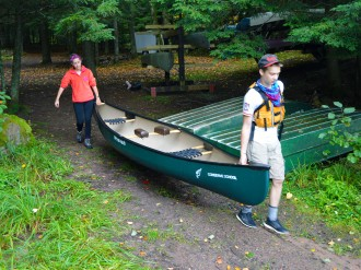 14-09-25 Sylvania LS Putting In